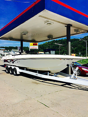 1996 Fountain Fever 32 power boat