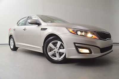 Kia : Optima 4dr Sedan LX 4 dr sedan lx low miles automatic gasoline 2.4 l 4 cyl satin metal