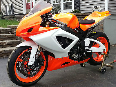 Suzuki : GSX-R 2006 suzuki gsxr 600 track bike