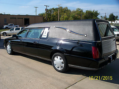 Cadillac : DeVille Superior 2001 cadillac superior hearse black with 69 k miles very good condition