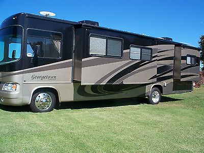 2009 GEORGETOWN 350TS BUNKHOUSE