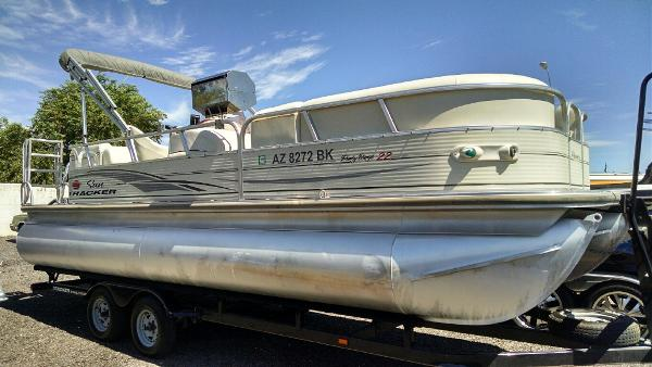 Tracker Party Barge 22 I O Boats For Sale