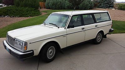 Volvo : 240 Collector's pristine 1982 Volvo Diesel station wagon - one owner, 132,000 miles