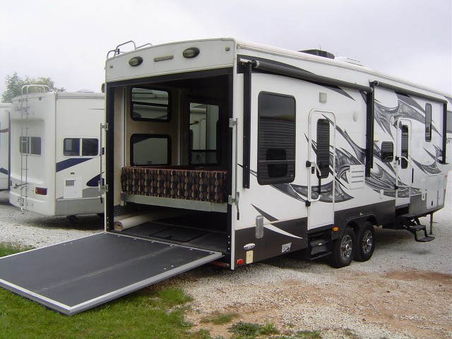 2015 Keystone Rv Carbon 27