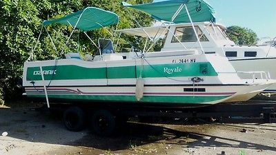 24' DB Ozark Royale Deluxe With POP UP Changing room/Bathroom 150HP/Trailer!