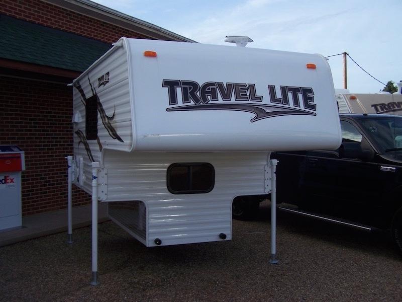 2016 Travel Lite TRUCK CAMPER 690FD
