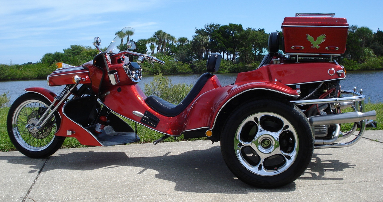 2000 V-Cycle Runabout
