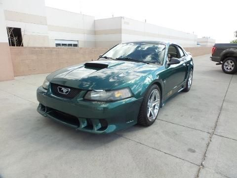 2001 FORD MUSTANG 2 DOOR COUPE