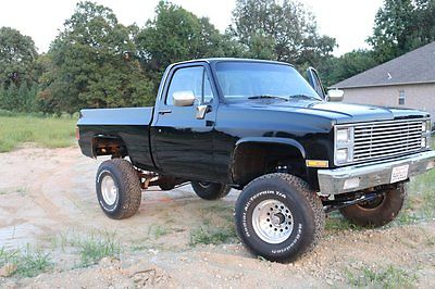 Chevrolet : C/K Pickup 1500 K 10 Completely redone black Chevrolet K10 - $17,500 in receipts within last 3 months