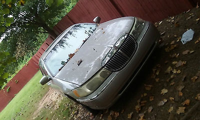 Lincoln : Town Car Cartier Sedan 4-Door 1999 lincoln town car cartier sedan 4 door 4.6 l