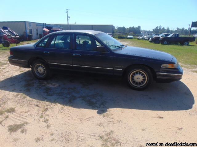 selling 1993 Crown Vic.4.6 lt engene