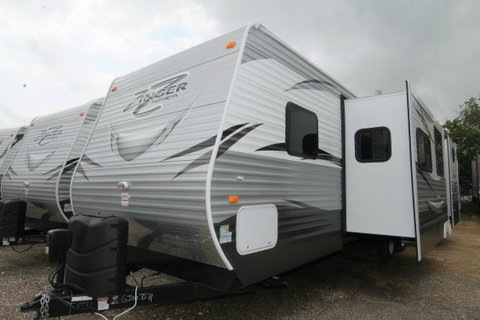 2016 Crossroads Rv Hill Country HCT33BD