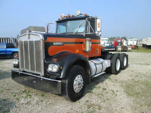 1974 Kenworth W900a