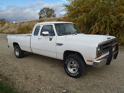 Dodge : Power Wagon /Power Ram 1990 dodge power ram clubcab 4 x 4 lb fi v 8 auto ac very clean mopar plymouth