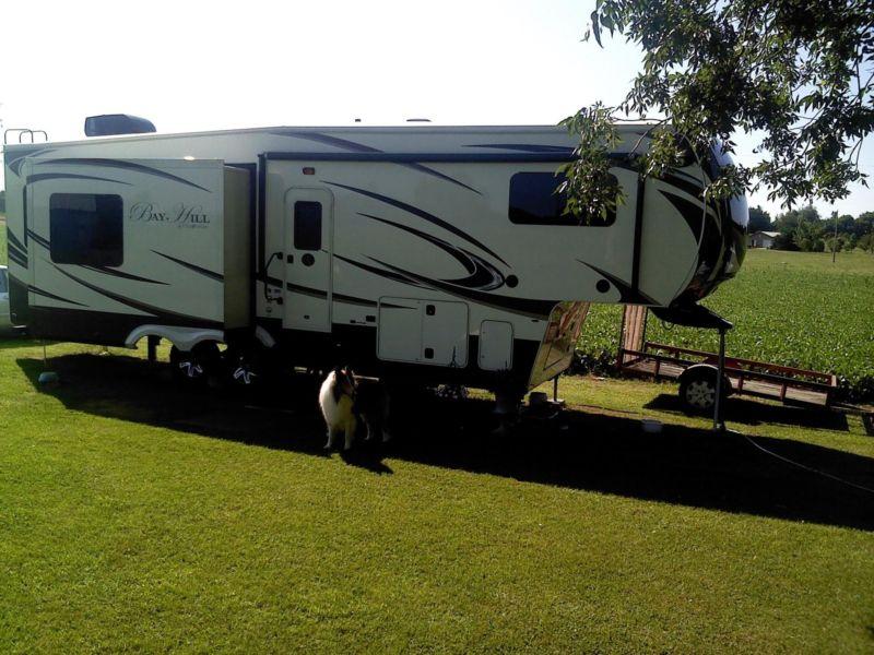 RV Fifth wheel Bayhill 2014 REDUCED