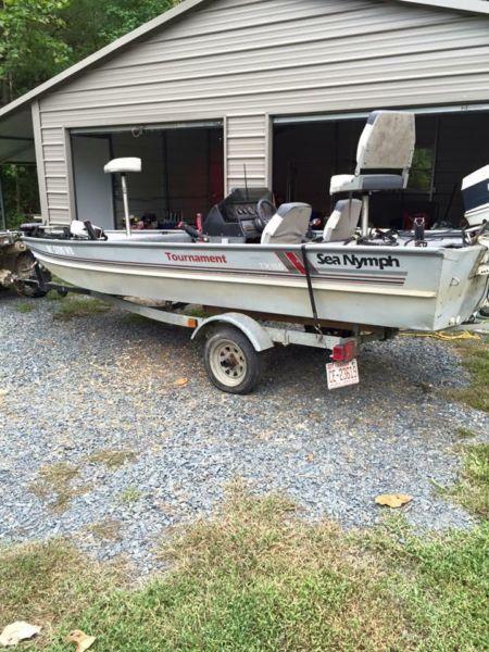 1989 Sea Nymph fishing boat