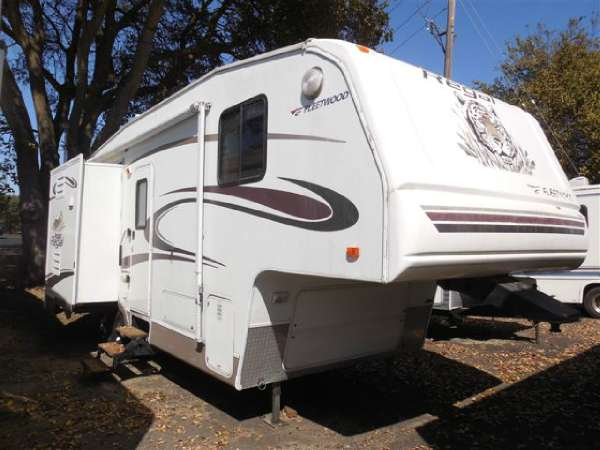 2004 Fleetwood Prowler Regal RVs for sale