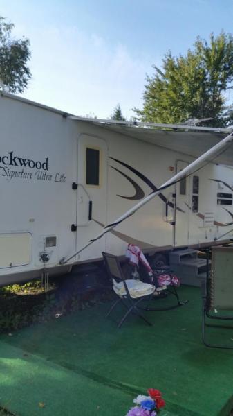 2006 ROCKWOOD 29ft travel trailer