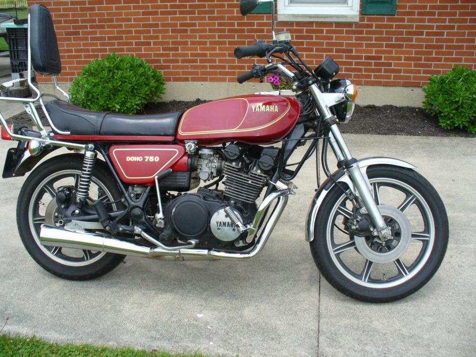 1974 Yamaha Rd200