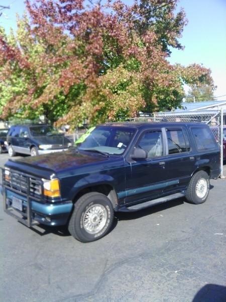 1994 Ford Explorer 4dr 112 WB Eddie Bauer 4WD