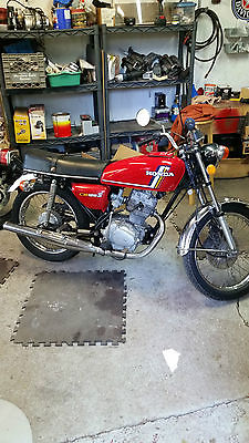 Honda : CB Honda CB 125S