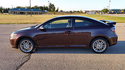 Scion : tC HATCHBACK 2 DR 2009 scion tc 5 speed with premium sound and panoramic power sunroof