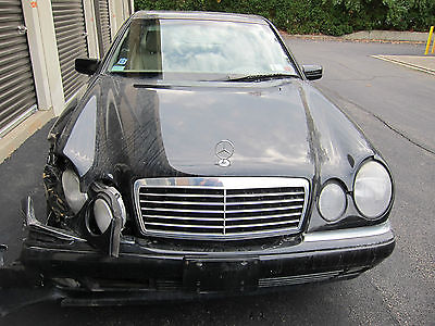 Mercedes-Benz : E-Class 4MATIC MERECEDES BENZ 1998 E320 4MATIC REPAIRABLE SALVAGE LOW MILEAGE