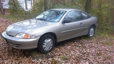 Chevrolet : Cavalier 2S  2002 chevrolet chevy 2 door 1.6 l