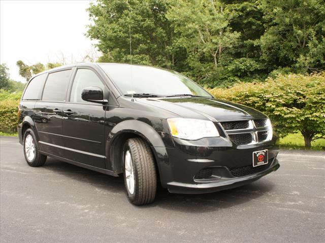 2014 Dodge Grand Caravan SXT Bristol, RI