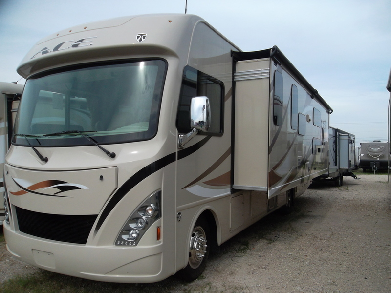 Thor motor coach vegas 24 2 rvs for sale for Thor motor coach vegas for sale