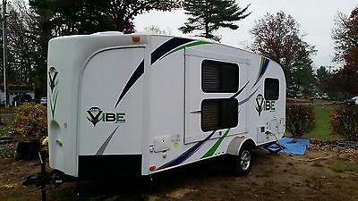 2013 Vibe V-Cross Travel Camper