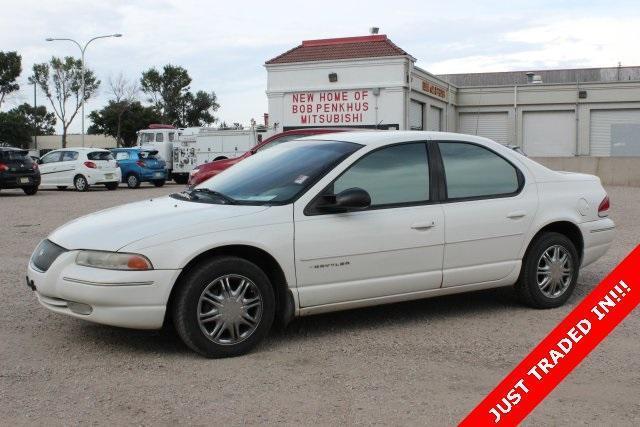 1996 Chrysler Cirrus 4D Sedan Base