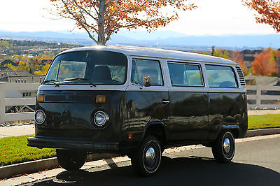 Volkswagen : Bus/Vanagon Vanagon 4 Door VW Bus Classic volkswagen, good condition, recently updated, runs great, fun car