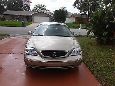 Mercury : Sable Four doors  2001 mercury sable leather interior sunroof gold color car runs great