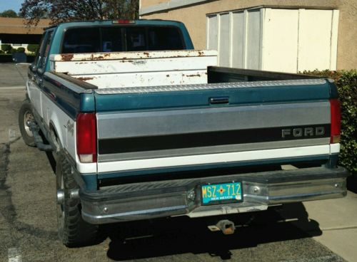 Ford : F-350 XLT Crew Cab Pickup 4-Door 4 x 4 long bed
