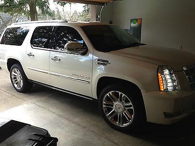 Cadillac : Escalade PLATINUM 2013 cadillac escalade esv platinum low miles immaculate