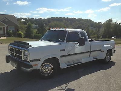 Dodge : Ram 3500 LE 1993 dodge d 350 extended cab 12 v cummins