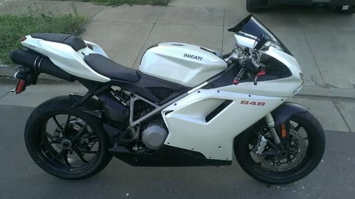 1997 Ducati Superbike 748