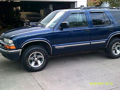 Chevrolet : Blazer LS Sport Utility 4-Door 2001 chevrolet blazer ls sport utility 4 door 4.3 l