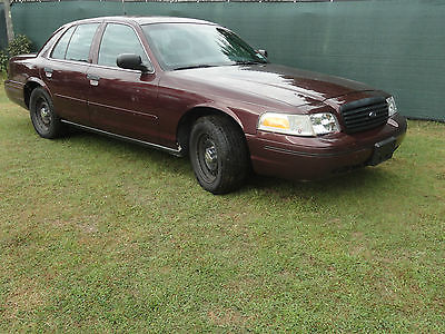 Ford : Crown Victoria P71 POLICE INTERCEPTOR 2000 ford p 71 crown victoria police interceptor 100 k miles