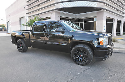 GMC : Sierra 1500 Denali Crew Cab Fully Loaded / 69k Miles / Blacked Out / Pampered / Excellent Condition