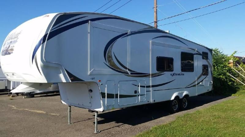 2012 Forest River Wildcat eXtraLite 312BHX For Sale in Vestal, New Yor