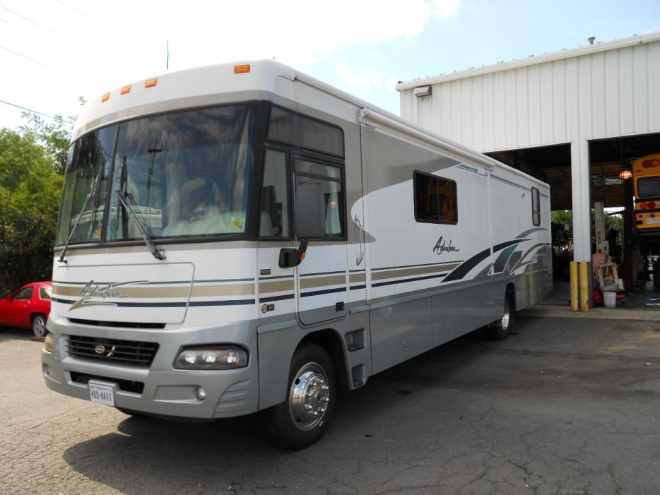 2016 Winnebago Vista LX 27N