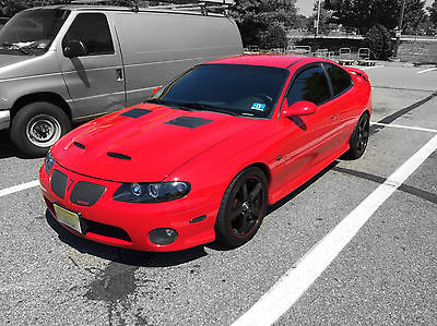 2004 pontiac gto base coupe 2 cars for sale. Black Bedroom Furniture Sets. Home Design Ideas