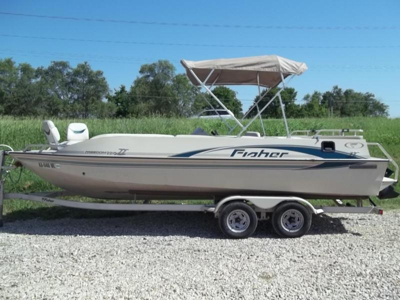 2001 Fisher Boats 2210 Freedom