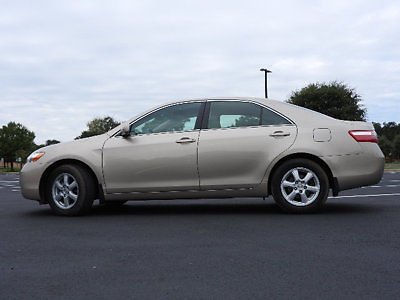 Toyota : Camry LE Toyota Camry LE 4Dr Sedan Automatic Gasoline 2.4L 4 Cyl Desert Sand Mica