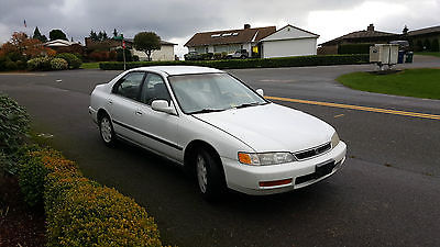 Honda : Accord 1996 honda accord in great shape
