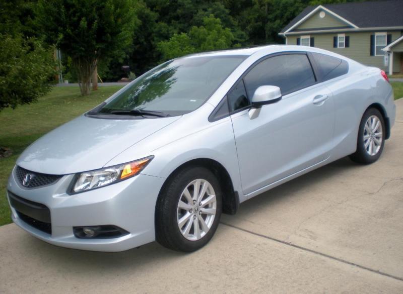 Selling 2012 Honda Civic Ex