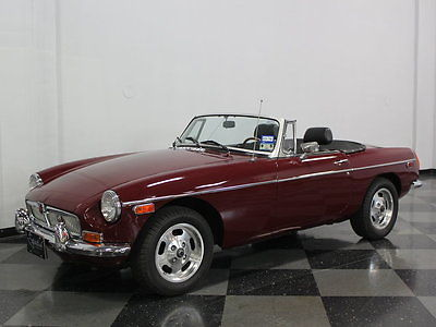 MG : MGB BRITISH CHROME BUMPERS, DUAL CARBS, GREAT RUNNING MG, NICE INTERIOR, CLEAN CAR!