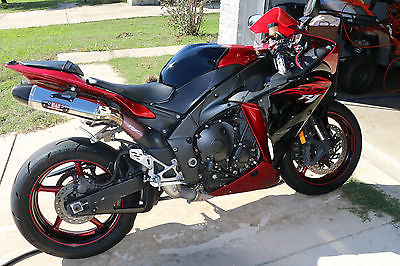 Yamaha R1 1000cc Motorcycles For